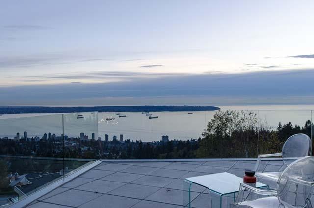 温哥华优房产-西温超级无敌海景现代风格别墅