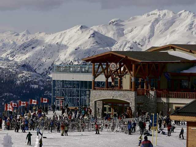 惠斯勒黑梳山滑雪场新业主计划让滑雪变得更便宜